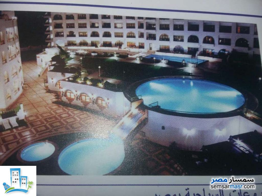 Ad Photo: Apartment 2 bedrooms 1 bath 100 sqm extra super lux in Hurghada  Red Sea