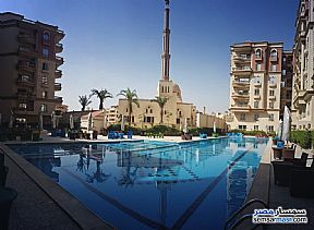 Ad Photo: Apartment 4 bedrooms 3 baths 239 sqm semi finished in Mokattam  Cairo