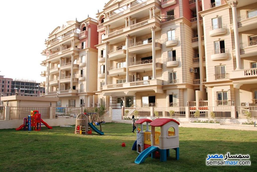 Photo 2 - Apartment 3 bedrooms 3 baths 210 sqm semi finished For Sale Mokattam Cairo