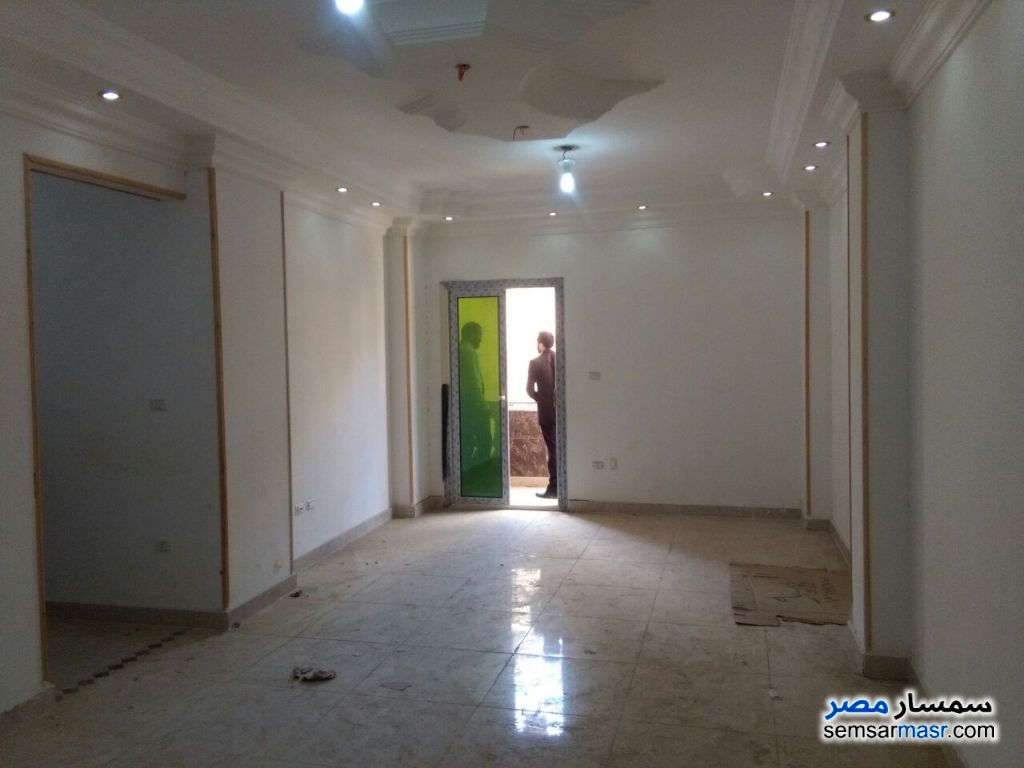 Photo 1 - Apartment 2 bedrooms 1 bath 145 sqm For Sale Districts 6th of October
