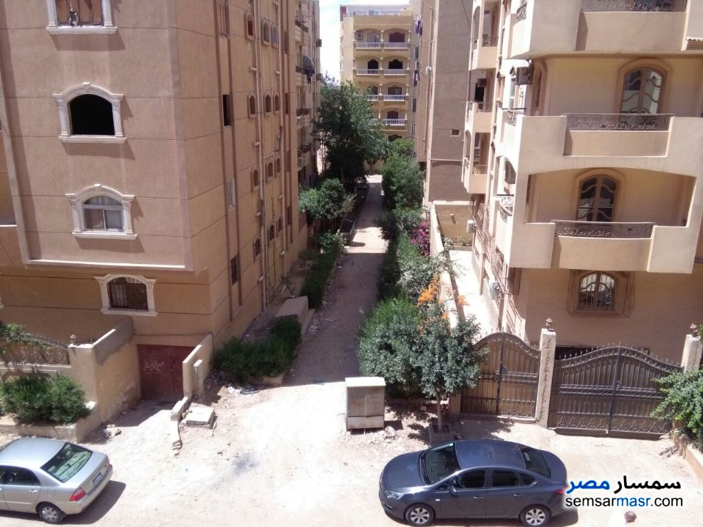 Photo 2 - Apartment 2 bedrooms 1 bath 145 sqm For Sale Districts 6th of October