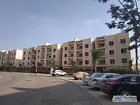 Ad Photo: Apartment 3 bedrooms 2 baths 176 sqm semi finished in October Gardens  6th of October