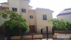 Ad Photo: Villa 5 bedrooms 3 baths 345 sqm semi finished in Shorouk City  Cairo