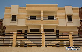 Ad Photo: Villa 4 bedrooms 4 baths 423 sqm semi finished in Mukhabarat Land  6th of October