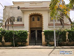 Ad Photo: Villa 3 bedrooms 3 baths 550 sqm super lux in Districts  6th of October