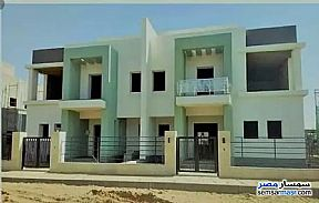 Ad Photo: Villa 3 bedrooms 3 baths 450 sqm without finish in Madinaty  Cairo