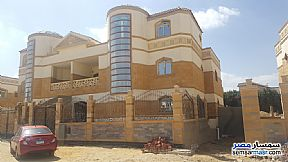 Ad Photo: Villa 5 bedrooms 6 baths 669 sqm semi finished in Dreamland  6th of October