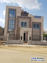 Ad Photo: Villa 5 bedrooms 3 baths 175 sqm semi finished in Shorouk City  Cairo