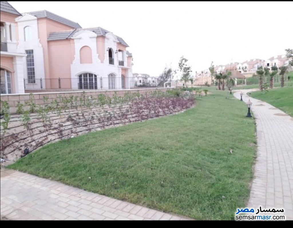 Photo 9 - Villa 4 bedrooms 5 baths 326 sqm without finish For Sale Fifth Settlement Cairo
