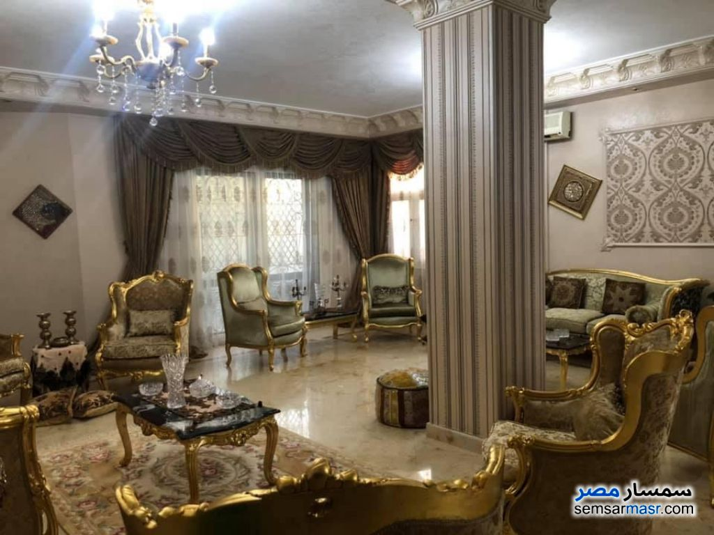 Ad Photo: Villa 4 bedrooms 3 baths 543 sqm extra super lux in Shorouk City  Cairo