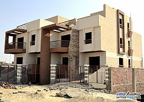 Ad Photo: Villa 4 bedrooms 4 baths 6000 sqm semi finished in Mukhabarat Land  6th of October