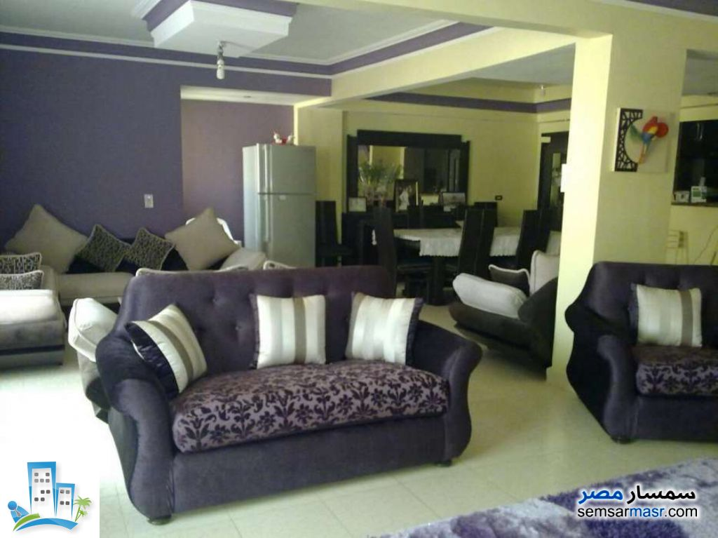 Ad Photo: Apartment 3 bedrooms 2 baths 250 sqm in Hadayek Al Ahram  Giza