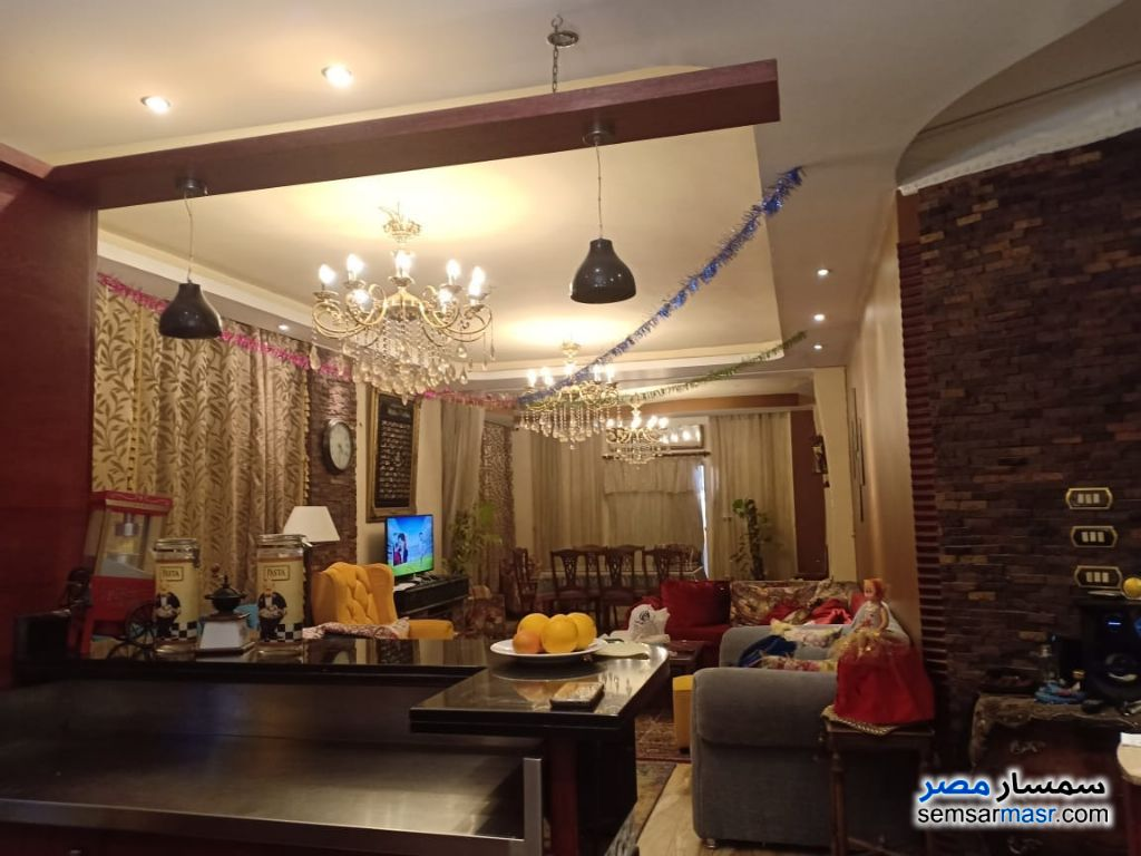 Photo 5 - Apartment 3 bedrooms 3 baths 200 sqm extra super lux For Sale El Ubour City Qalyubiyah