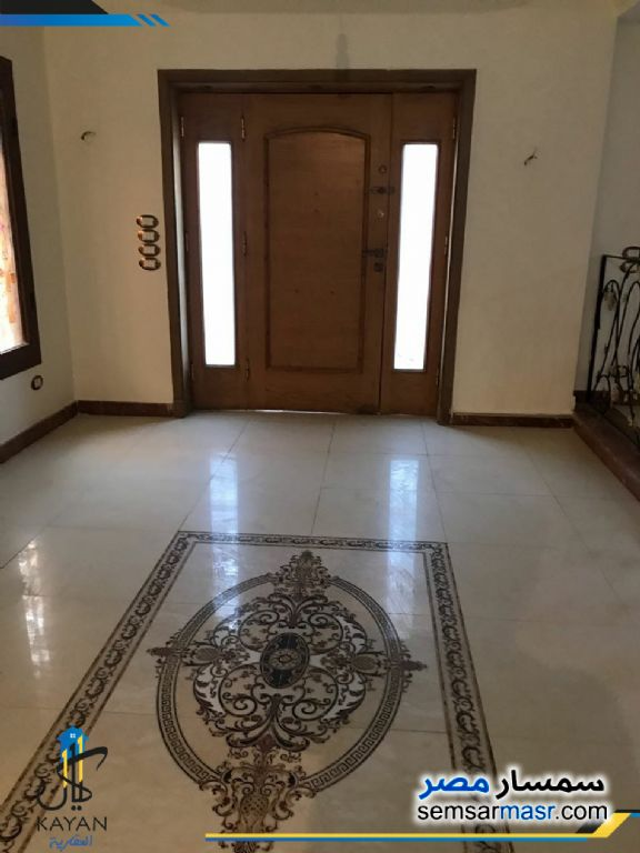 Photo 1 - Apartment 4 bedrooms 3 baths 389 sqm super lux For Sale Hadayek Al Ahram Giza