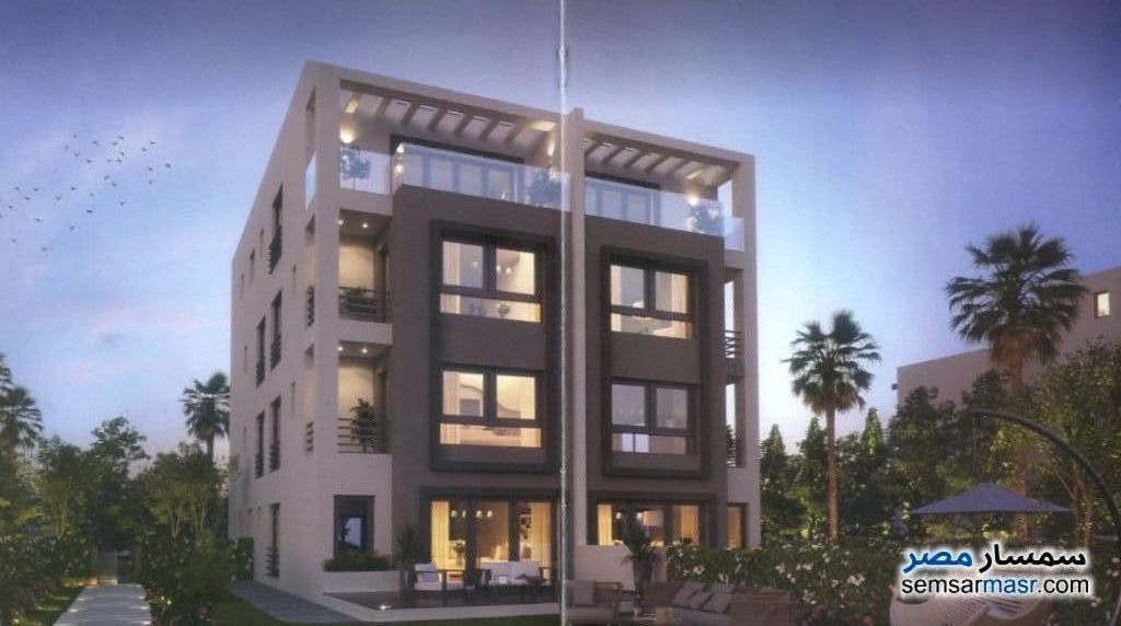 Ad Photo: Apartment 4 bedrooms 4 baths 234 sqm semi finished in Fifth Settlement  Cairo