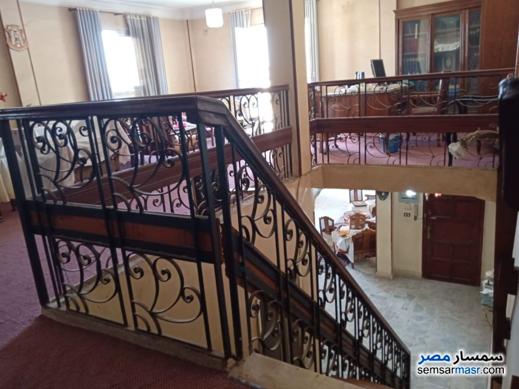 Ad Photo: Apartment 4 bedrooms 2 baths 320 sqm super lux in Nasr City  Cairo