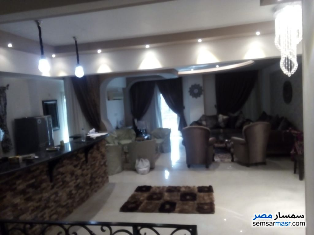 Ad Photo: Apartment 3 bedrooms 4 baths 360 sqm extra super lux in Egypt