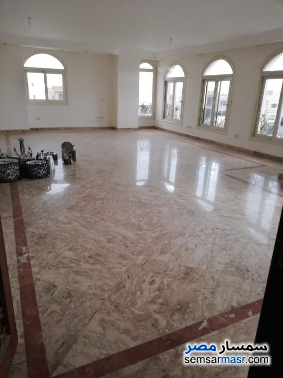 Photo 2 - Apartment 4 bedrooms 4 baths 360 sqm extra super lux For Sale Fifth Settlement Cairo