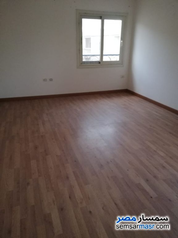 Photo 3 - Apartment 4 bedrooms 4 baths 360 sqm extra super lux For Sale Fifth Settlement Cairo