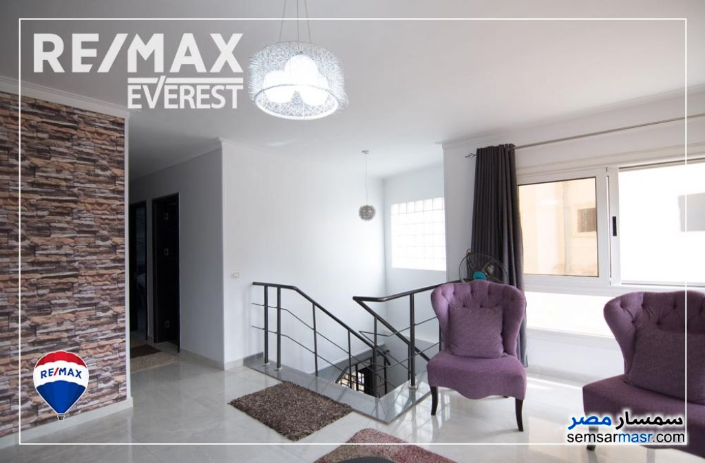 Ad Photo: Apartment 4 bedrooms 2 baths 340 sqm super lux in Sheikh Zayed  6th of October