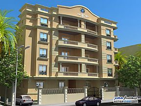 Ad Photo: Apartment 3 bedrooms 2 baths 220 sqm semi finished in Shorouk City  Cairo