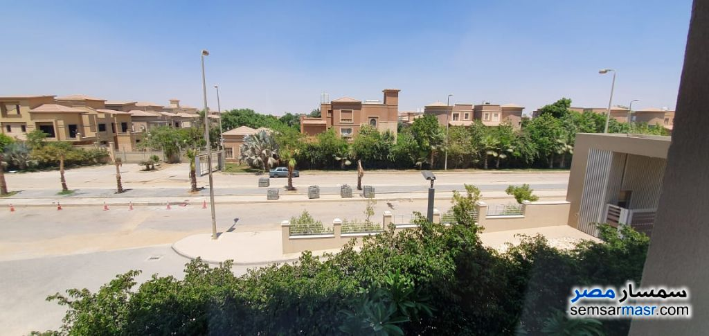 Ad Photo: Apartment 3 bedrooms 3 baths 245 sqm extra super lux in Egypt