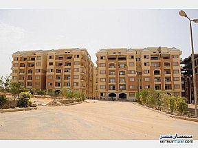 Ad Photo: Apartment 3 bedrooms 3 baths 290 sqm extra super lux in Mokattam  Cairo