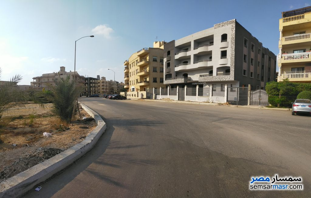 Ad Photo: Apartment 4 bedrooms 4 baths 295 sqm without finish in El Motamayez District  6th of October