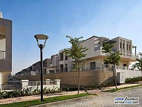 Ad Photo: Apartment 4 bedrooms 2 baths 289 sqm semi finished in New Cairo  Cairo
