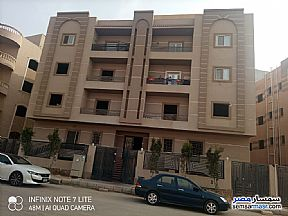 Ad Photo: Apartment 5 bedrooms 4 baths 570 sqm semi finished in Sheikh Zayed  6th of October