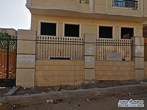 Ad Photo: Apartment 5 bedrooms 3 baths 320 sqm semi finished in West Somid  6th of October