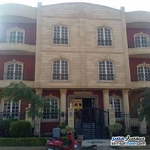 Ad Photo: Apartment 4 bedrooms 2 baths 300 sqm semi finished in Fifth Settlement  Cairo