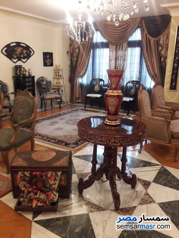 Photo 1 - Apartment 5 bedrooms 4 baths 400 sqm extra super lux For Sale Heliopolis Cairo