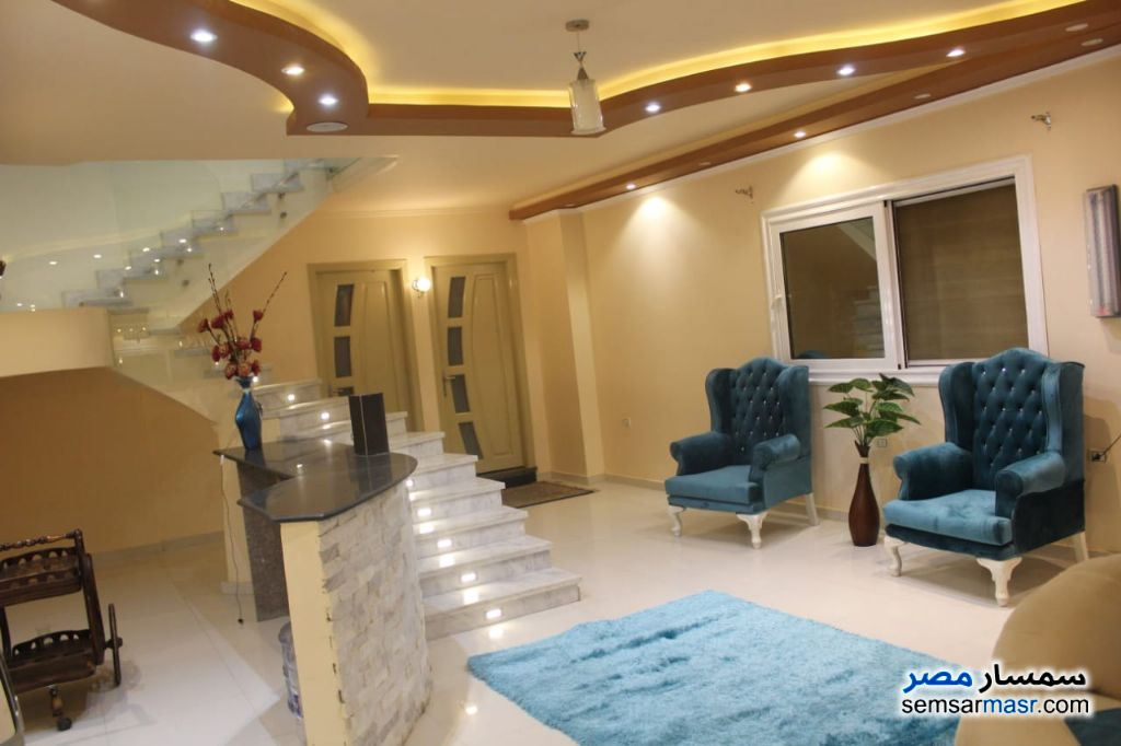 Ad Photo: Apartment 3 bedrooms 3 baths 280 sqm super lux in Mukhabarat Land  6th of October