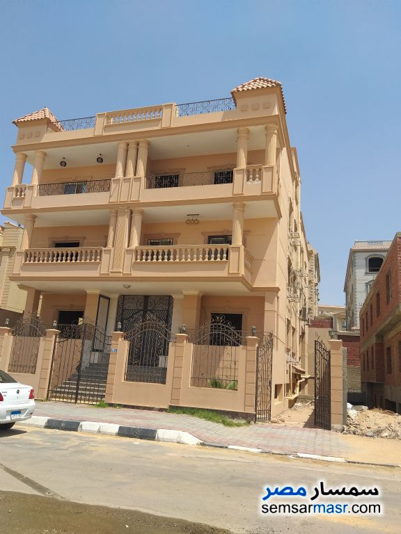 Photo 1 - Apartment 3 bedrooms 3 baths 313 sqm semi finished For Sale Shorouk City Cairo