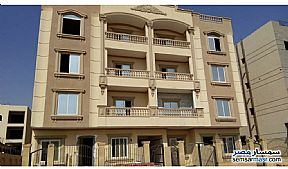 Ad Photo: Apartment 3 bedrooms 3 baths 308 sqm semi finished in Shorouk City  Cairo