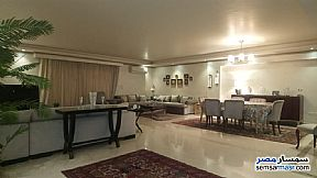 Ad Photo: Apartment 4 bedrooms 3 baths 330 sqm extra super lux in Mohandessin  Giza