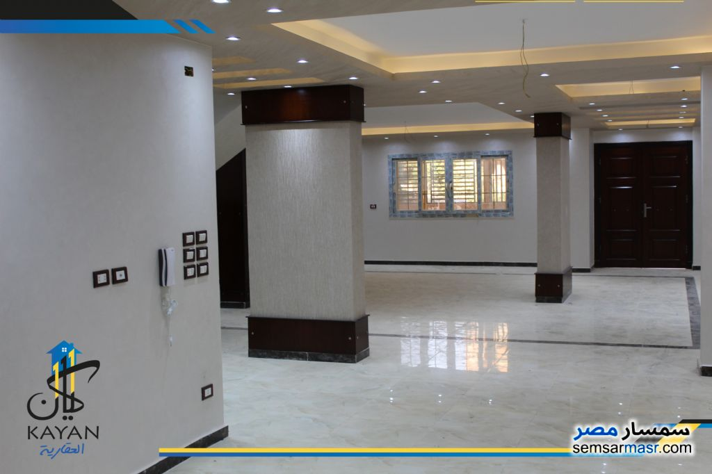 Photo 1 - Apartment 4 bedrooms 3 baths 350 sqm extra super lux For Sale Hadayek Al Ahram Giza