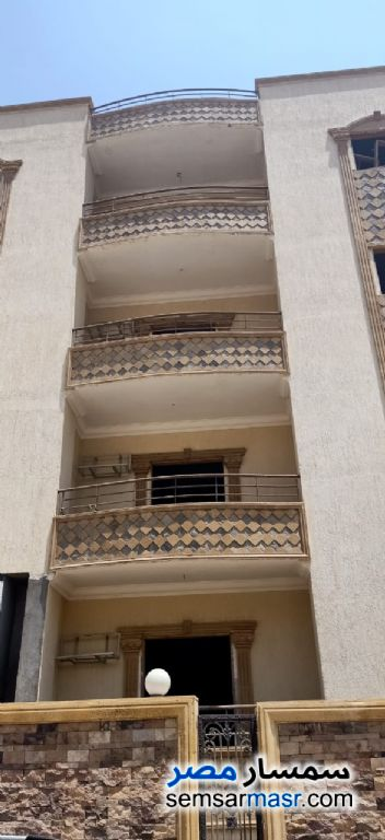Ad Photo: Apartment 4 bedrooms 3 baths 400 sqm semi finished in El Ubour City  Qalyubiyah
