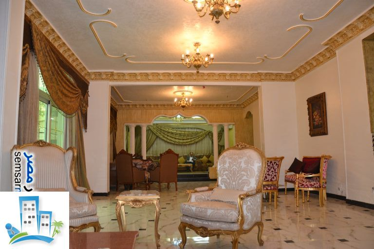 Apartment 4 bedrooms 5 baths 500 sqm extra super lux For Sale Sheikh Zayed 6th of October - 9