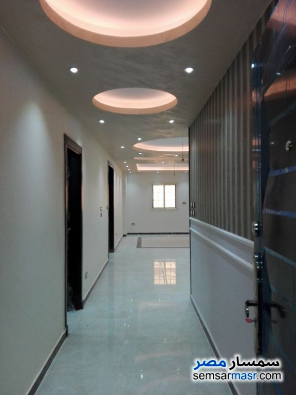 Ad Photo: Apartment 9 bedrooms 3 baths 625 sqm super lux in Heliopolis  Cairo