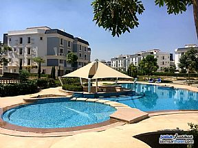 Ad Photo: Apartment 3 bedrooms 2 baths 270 sqm semi finished in Remaia  Giza