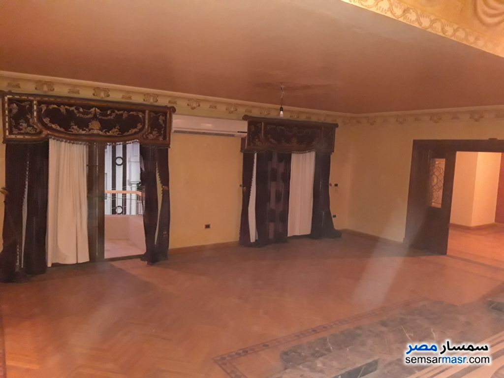 Photo 2 - Apartment 5 bedrooms 4 baths 370 sqm super lux For Sale Heliopolis Cairo