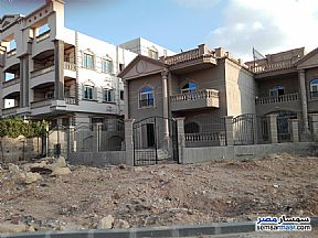 Ad Photo: Villa 1 bedroom 1 bath 165 sqm semi finished in Shorouk City  Cairo