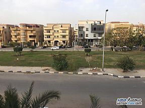 Ad Photo: Apartment 3 bedrooms 1 bath 350 sqm super lux in First Settlement  Cairo