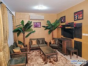 Ad Photo: Apartment 1 bedroom 1 bath 65 sqm extra super lux in Cairo
