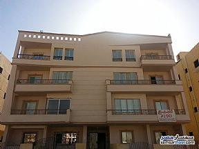 Ad Photo: Apartment 3 bedrooms 2 baths 512 sqm without finish in Shorouk City  Cairo