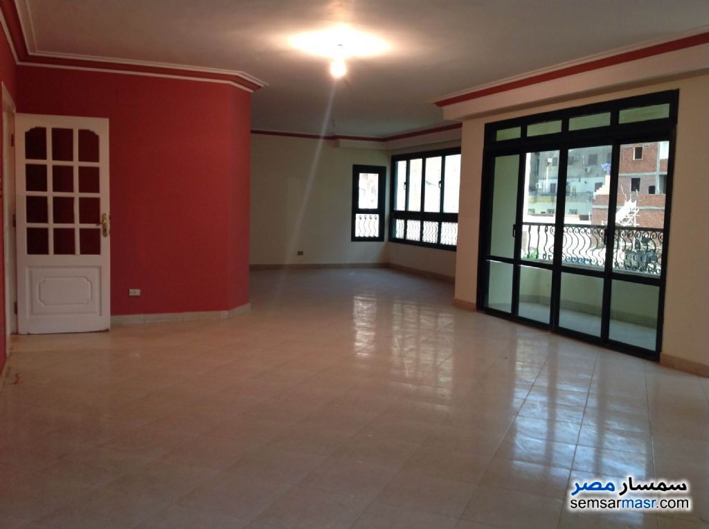 Photo 3 - Apartment 4 bedrooms 2 baths 270 sqm extra super lux For Sale New Nozha Cairo