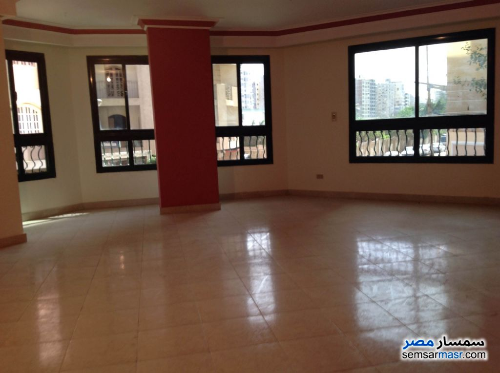 Photo 4 - Apartment 4 bedrooms 2 baths 270 sqm extra super lux For Sale New Nozha Cairo
