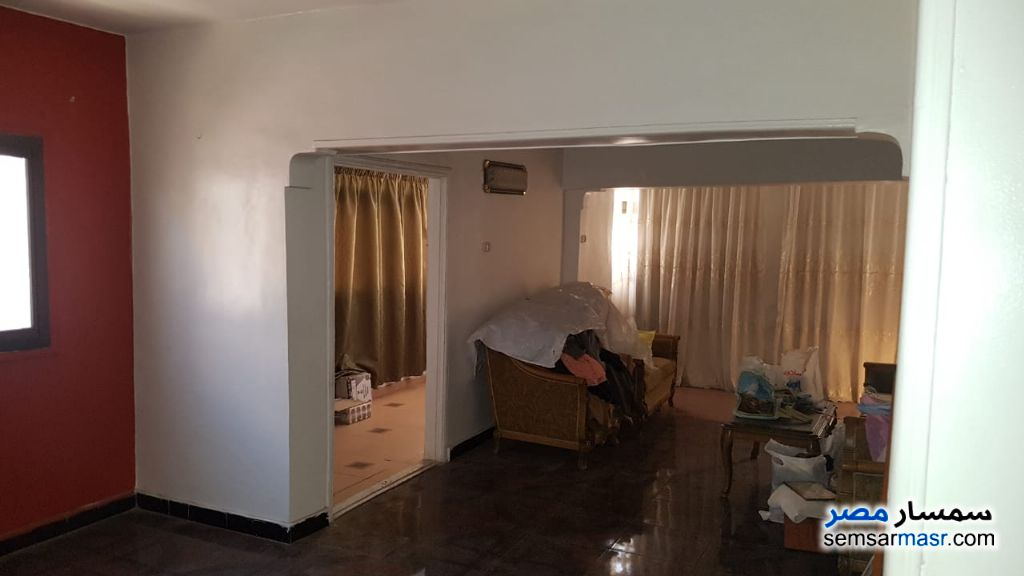 Ad Photo: Apartment 3 bedrooms 2 baths 125 sqm super lux in Arab District  Port Said